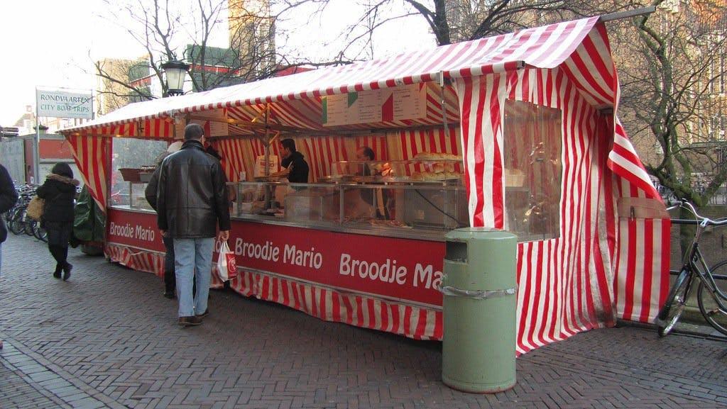 'Nieuwe broodjeszaak op Utrecht Centraal is geen Broodje Mario'