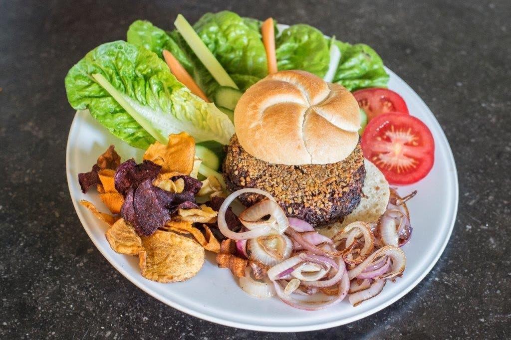 Het recept van traiteur Jeroen van Nijnatten: Best Bietenburger in town