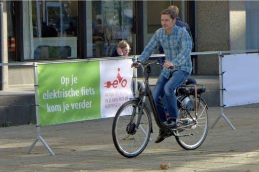 VVD wil geen elektrische fietsen op autorijbaan