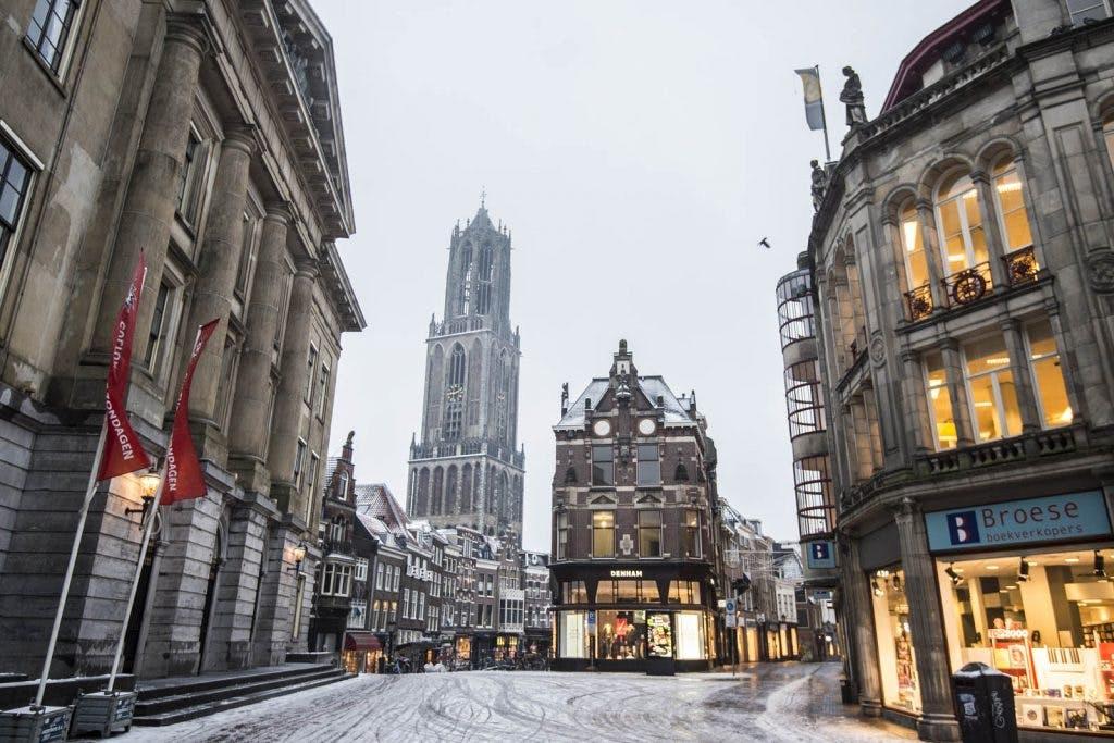 Winterweer in Utrecht: Code rood, scholen dicht en bijeenkomsten afgelast