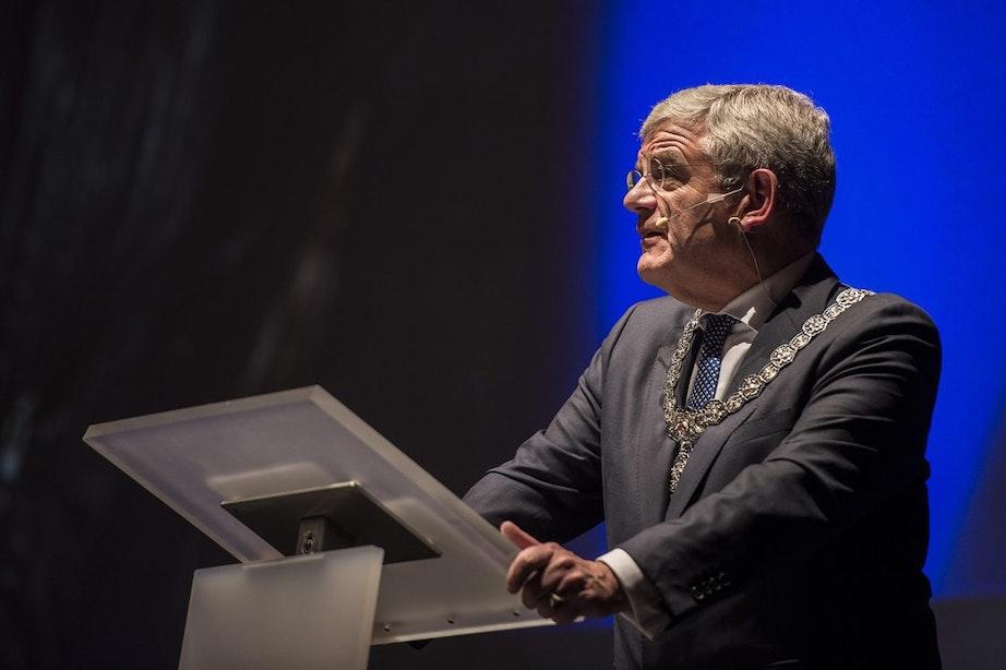 """Burgemeester Jan van Zanen: """"Forse investeringen nodig voor bereikbaarheid stad"""""""