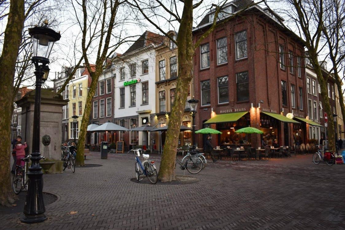 Bizarre vechtpartij Mariaplaats Utrecht: zes jaar cel geëist voor neersteken van vier mensen