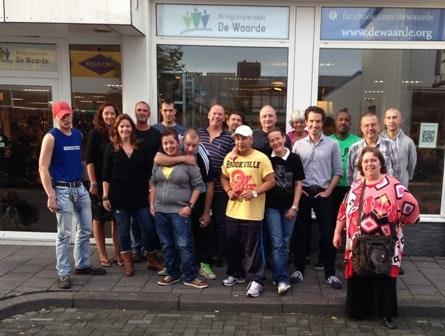 Kringloopwinkels profiteren van vintage-rage en Marktplaats