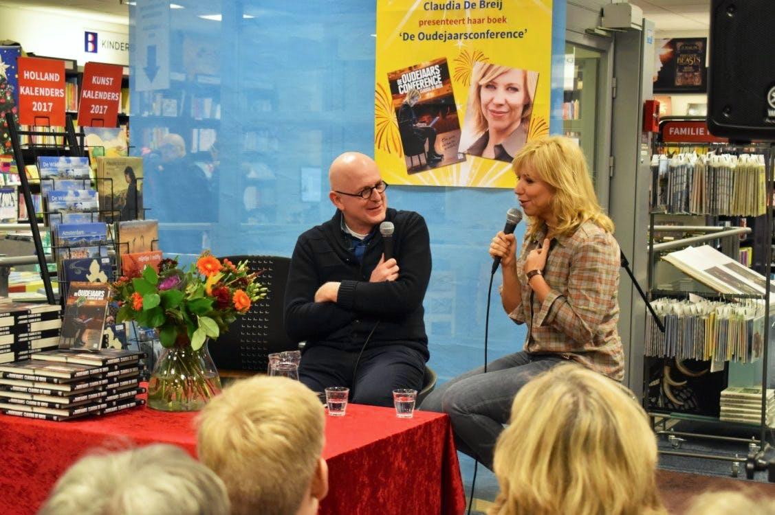 """Claudia de Breij over haar boek van de oudejaarsconference: """"Een pleidooi voor menselijkheid"""""""