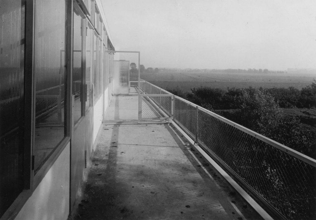 Dakterras achterzijde met vrij zicht (Rietveld Schröderarchief/Centraal Museum)