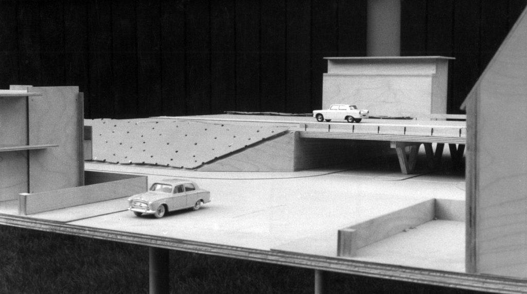 Maquette viaduct Rijksweg 22 met Rietveldhuizen, 1963 (Het Utrechts Archief)