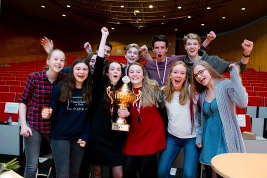 Utrechts Stedelijk Gymnasium wint debatfinale