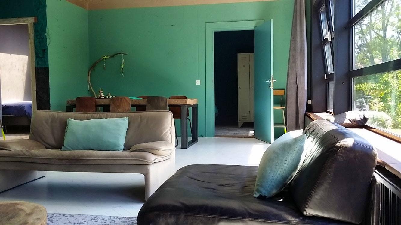 Pornoacteur uit Utrechts hotel Badhu gezet