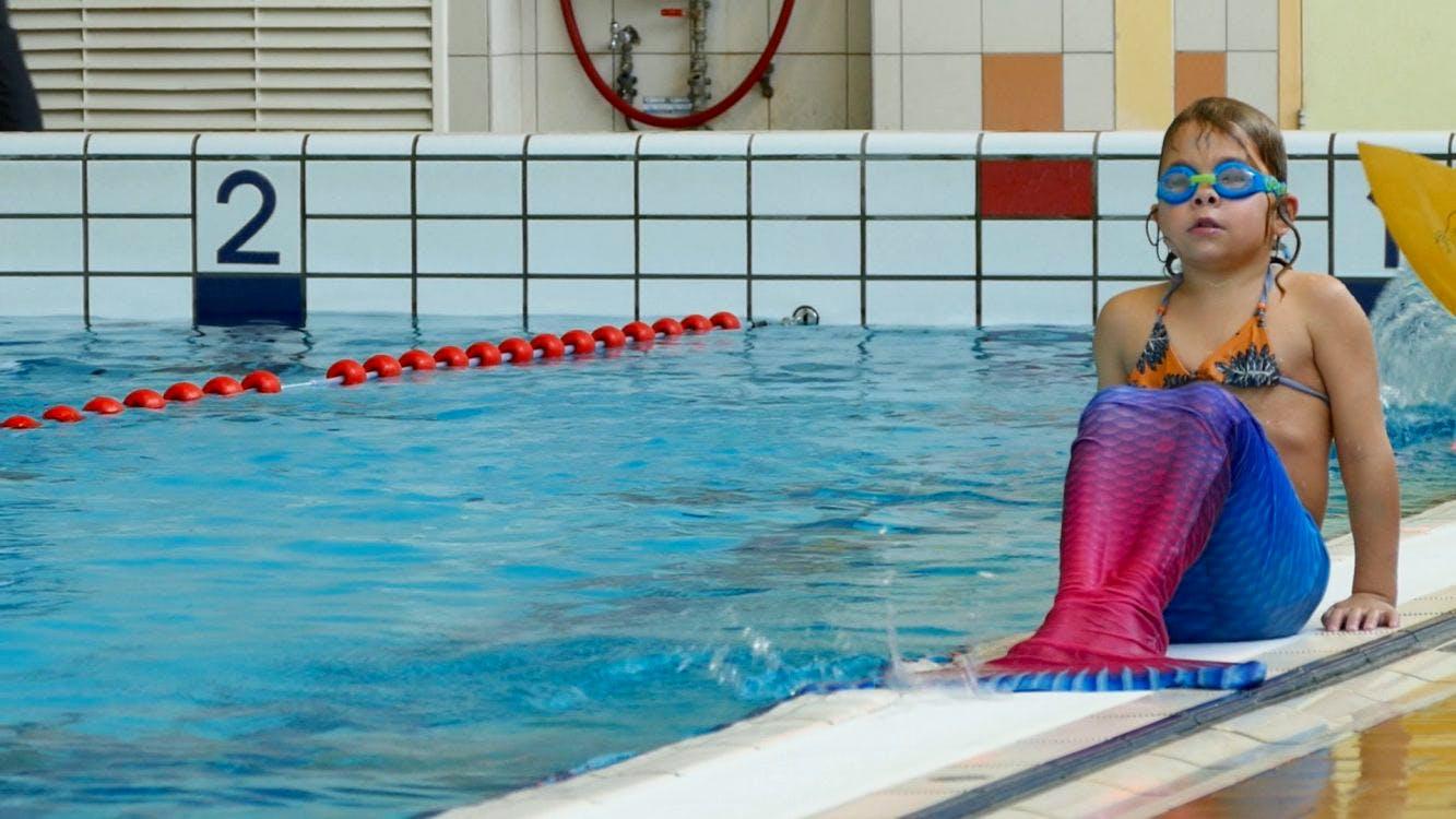 """Het NK Zeemeerminzwemmen in De Kwakel: """"Zeemeerminnen symboliseren vrijheid"""""""