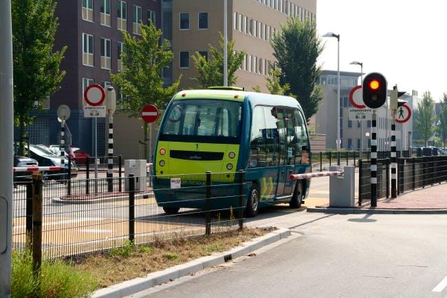 Wereldprimeur voor Utrechts bedrijf: eerste zelfrijdende bussen op de openbare weg
