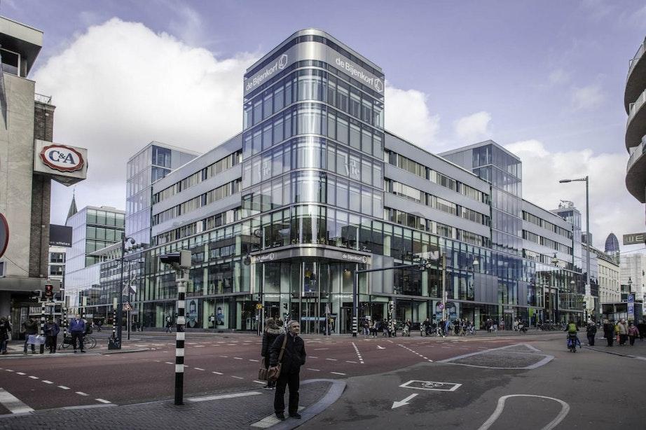 Winkelketens gaan langzaam weer open; Zo ook Ikea en Bijenkorf in Utrecht