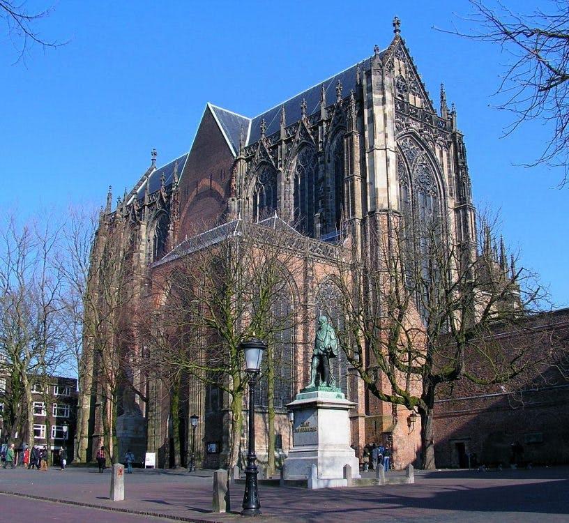Gemeente wil Jan van Nassau op Domplein verplaatsen