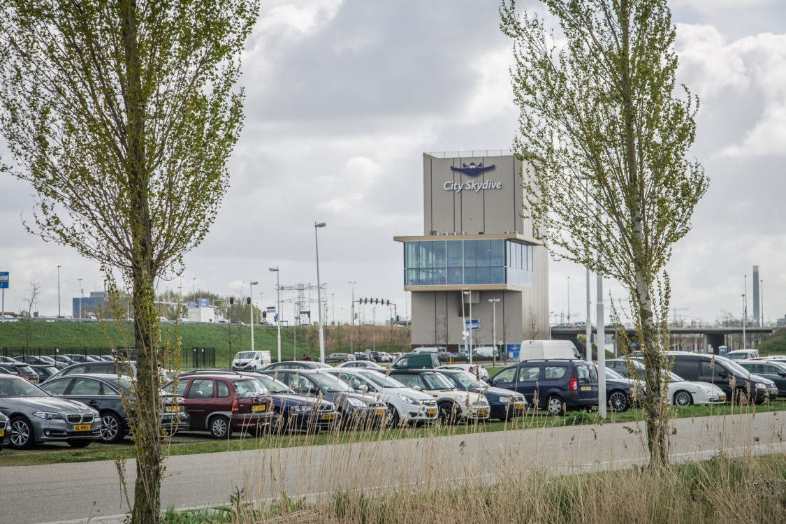 City Skydivecentrum geopend langs de A2: 'Vliegen als een vogel'