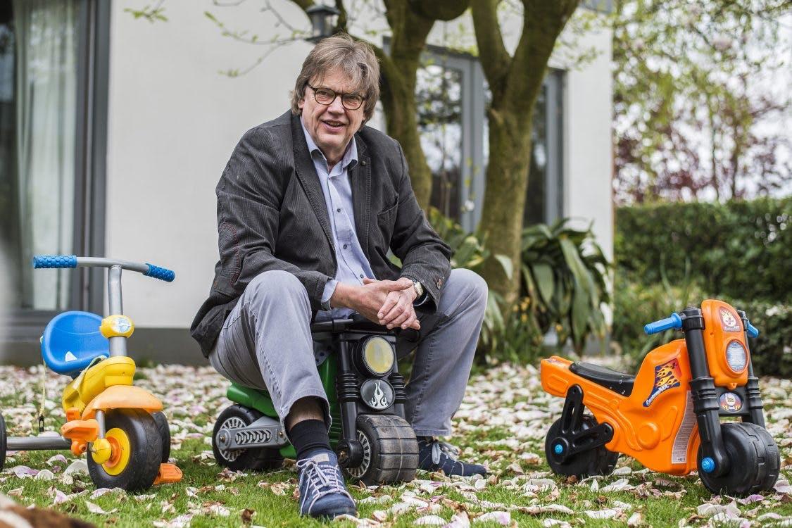 Chantal Janzen logeert bij Henk Westbroek en gaat op bezoek bij Stairway to Heaven