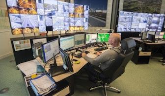 De werkplek van wegverkeersleider Corno Hardeman: 'Wij bewaken de snelweg'