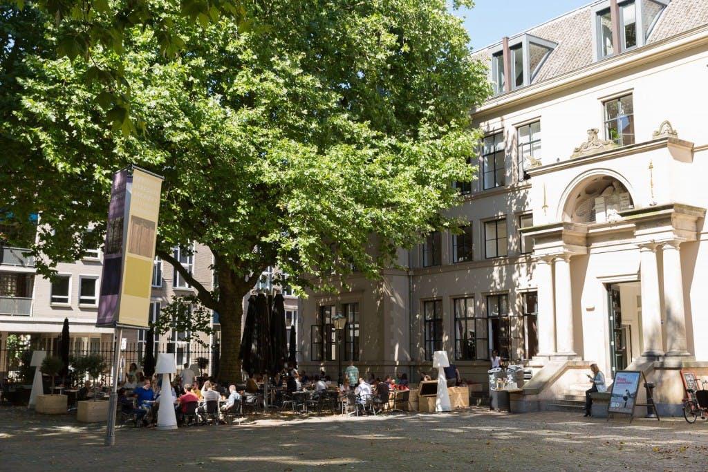 Met de kids op stap in de meivakantie: Fiep Westendorp en poppenkast