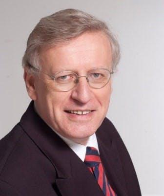 Rechtse politicus Vreeswijk benadeelde 2.500 allochtonen met belastingaangifte