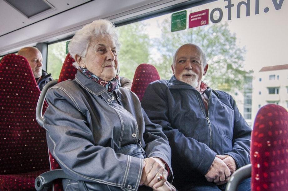 Bewoners en SP maken zich hard: 'Buslijn 6 moet terug in Hoograven-Zuid!'