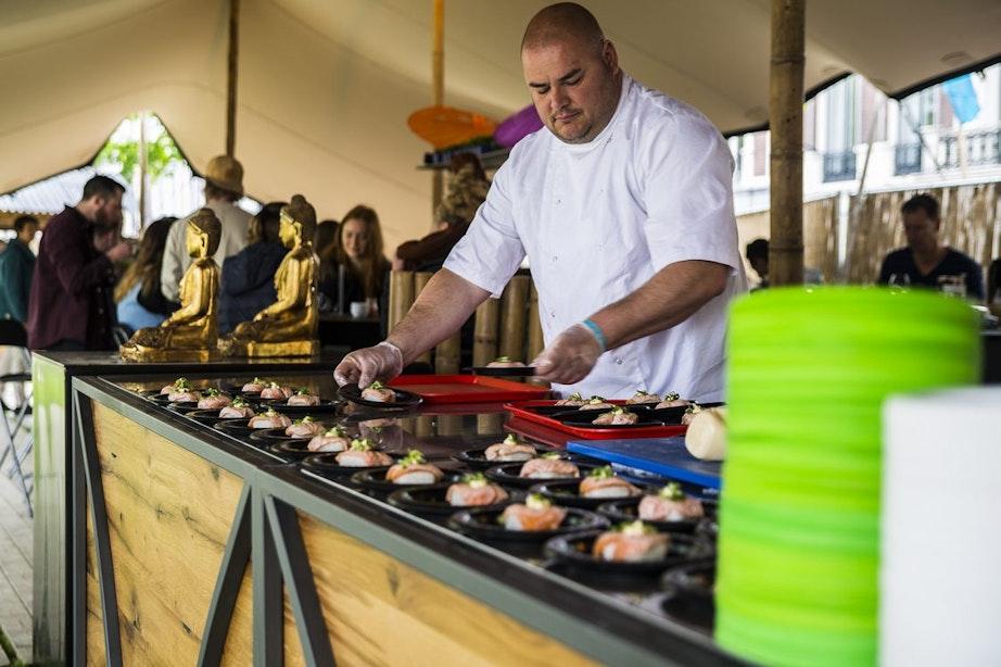 Drukke eerste editie sushi festival op Lucasbolwerk