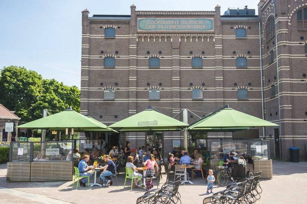 Buurten vestigt zich in winkelcentrum De Gaard in Tuindorp Oost