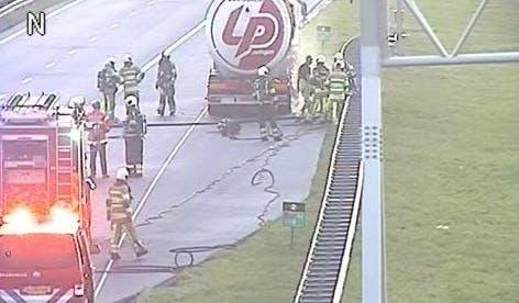 Brandende tankauto en ongelukken zorgen voor verkeershinder rondom Utrecht