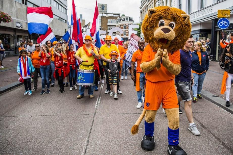Huldiging Oranje leeuwinnen in Utrecht na winst bloedstollende EK-finale