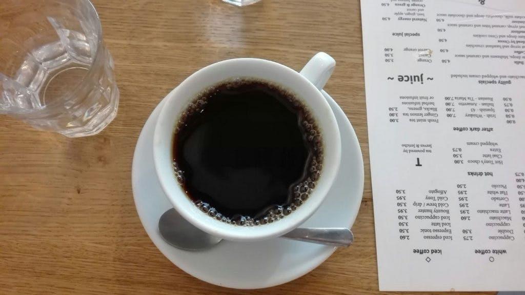 Jette & Jildou drinken koffie bij 30 ML: De keuze is reuze