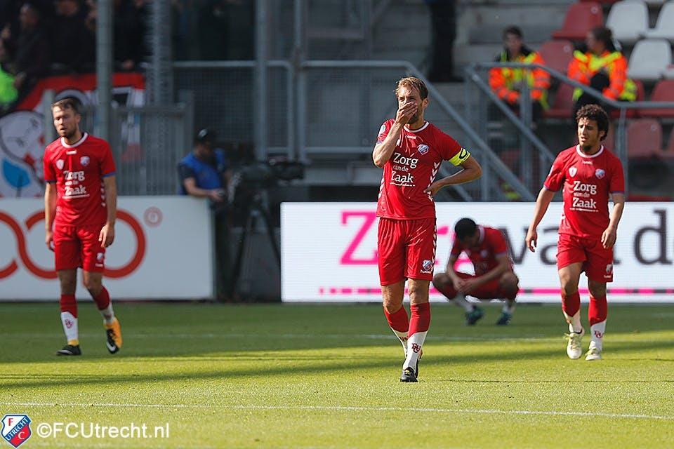 FC Utrecht op eigen veld hard afgestraft door PSV