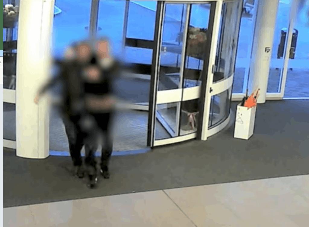 Neergeschoten Utrechter houdt kaken op elkaar; Opsporing Verzocht zoekt getuigen