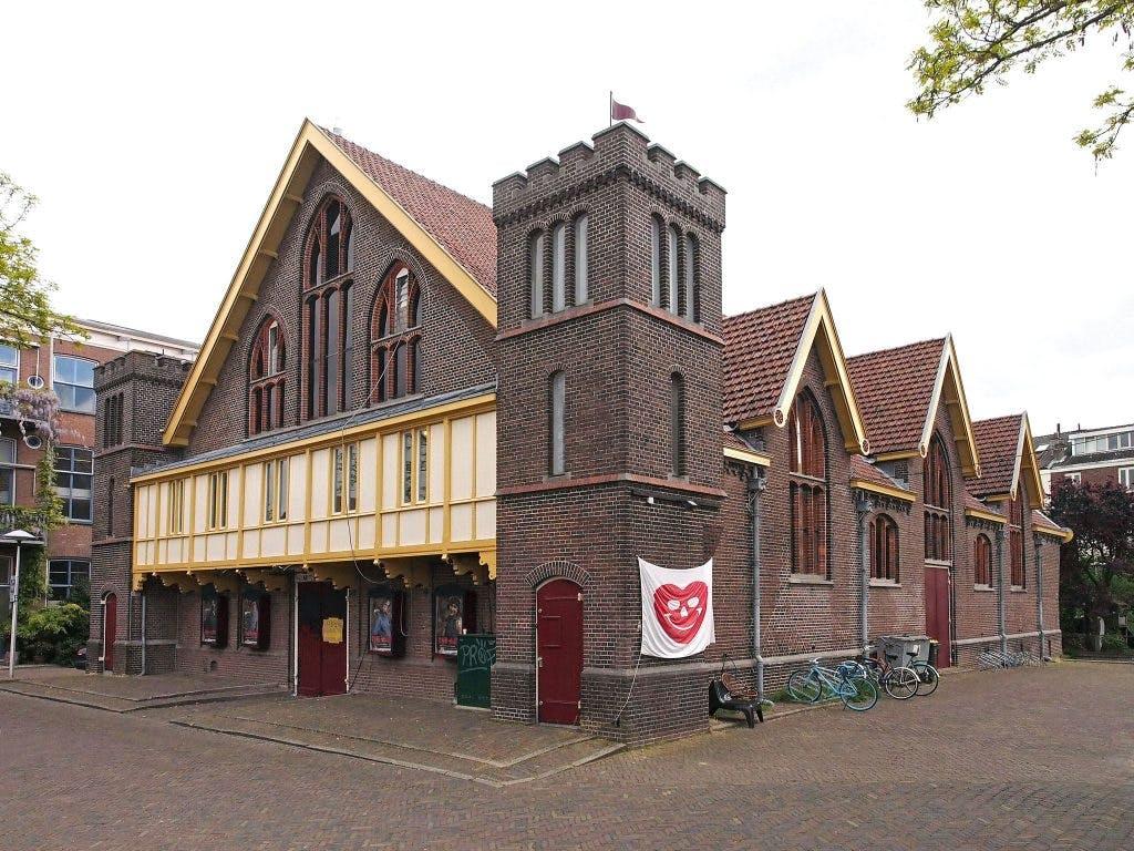 Paardenkathedraal: Theater Utrecht gooit de luiken open