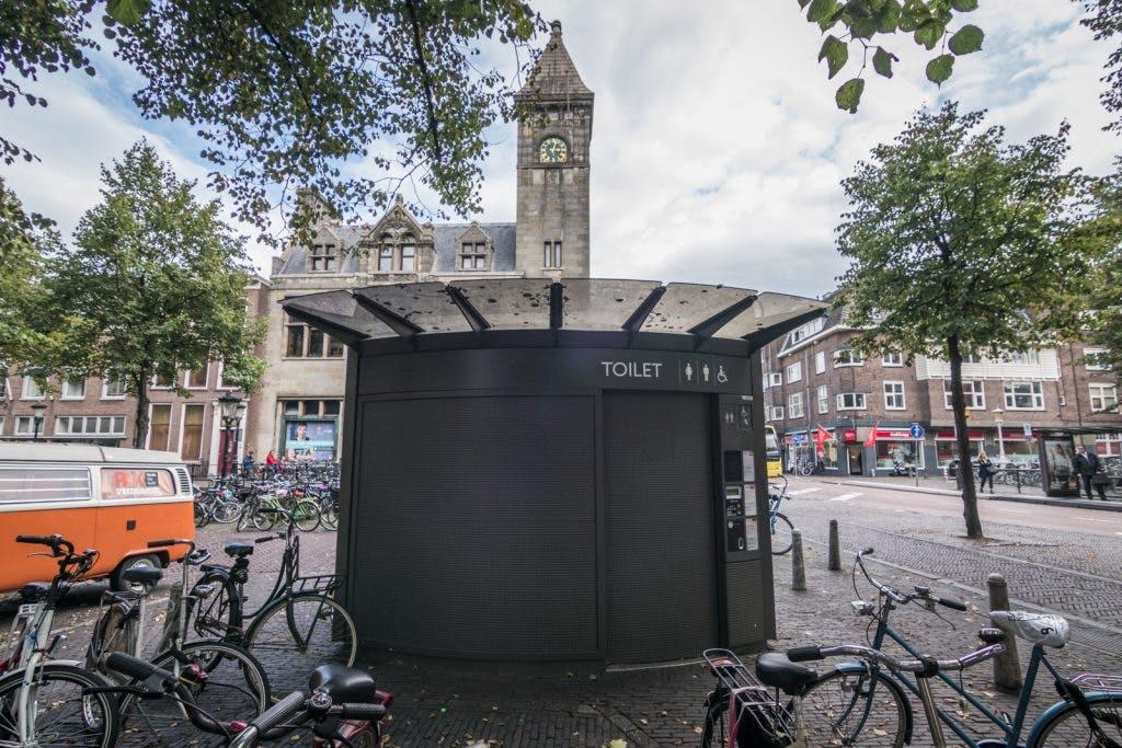 Nieuwe openbare toiletten (ook voor vrouwen) in binnenstad en parken Utrecht