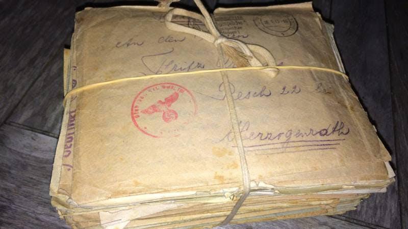 Tas vol brieven uit Tweede Wereldoorlog gevonden op Utrecht Centraal