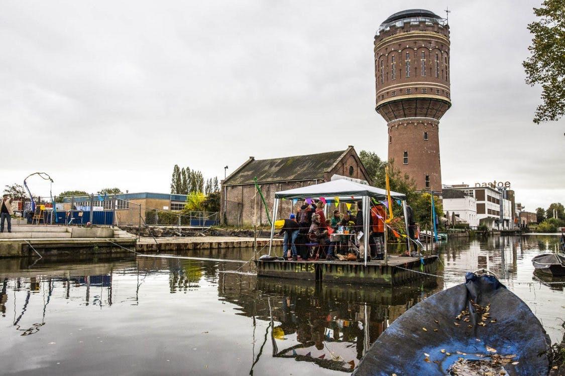 Foto's: Met de veerpont de Vaartsche Rijn oversteken