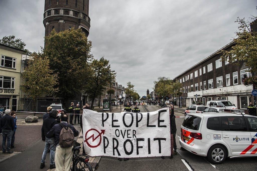 Krakers veroordeeld voor actie bij Utrechtse watertoren op de Amsterdamsestraatweg