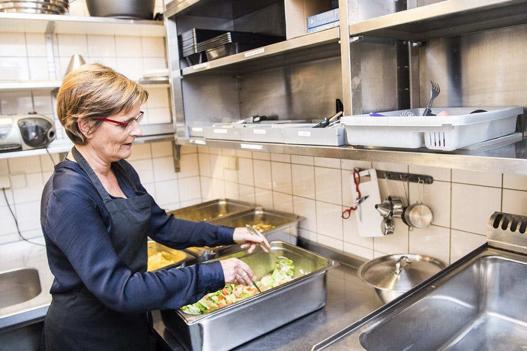 Onder de mensen – Koken in het Smulhuis 'Hier wordt beter gekookt dan in menig restaurant'