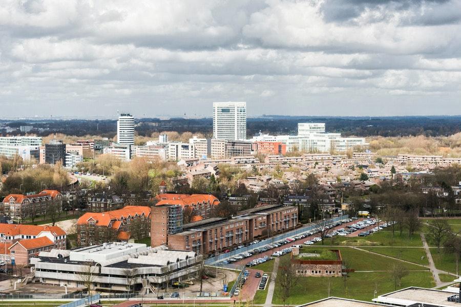 Rechtbank Midden-Nederland houdt vanwege corona zittingen in Utrechts provinciehuis