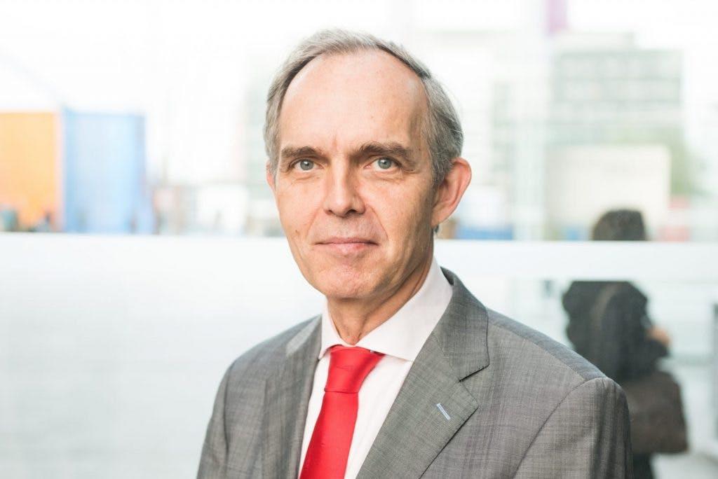 Wethouder Jansen pareert kritiek tijdens spoeddebat over Kanaleneiland