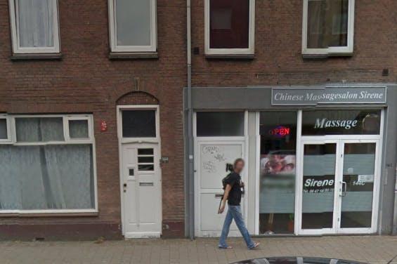 Massagesalon aan de Amsterdamsestraatweg gesloten wegens illegale prostitutie