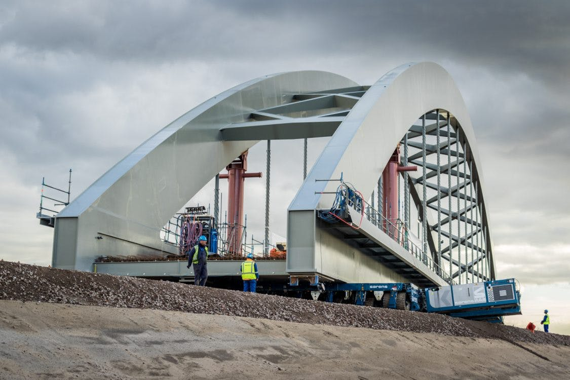 Plaatsen nieuwe spoorbrug loopt vertraging op