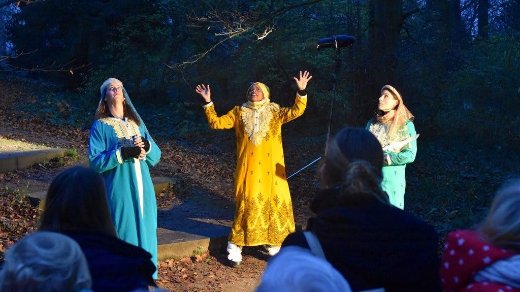 Initiatievenfonds: Kersttoneel in het Julianapark