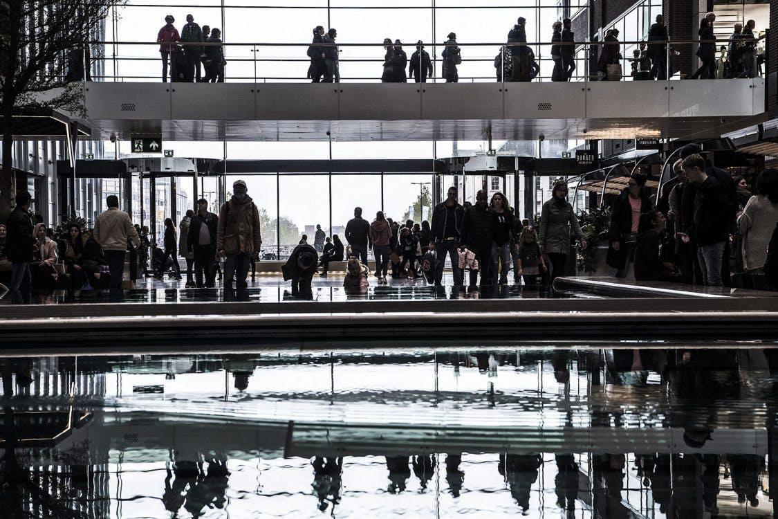 'Meerdere ondernemers Hoog Catharijne niet blij met verplichte openingstijden'