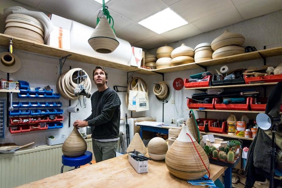 Utrecht gemaakt – De meubels van Dille Thomas: 'Ik heb mezelf leren meubelmaken'