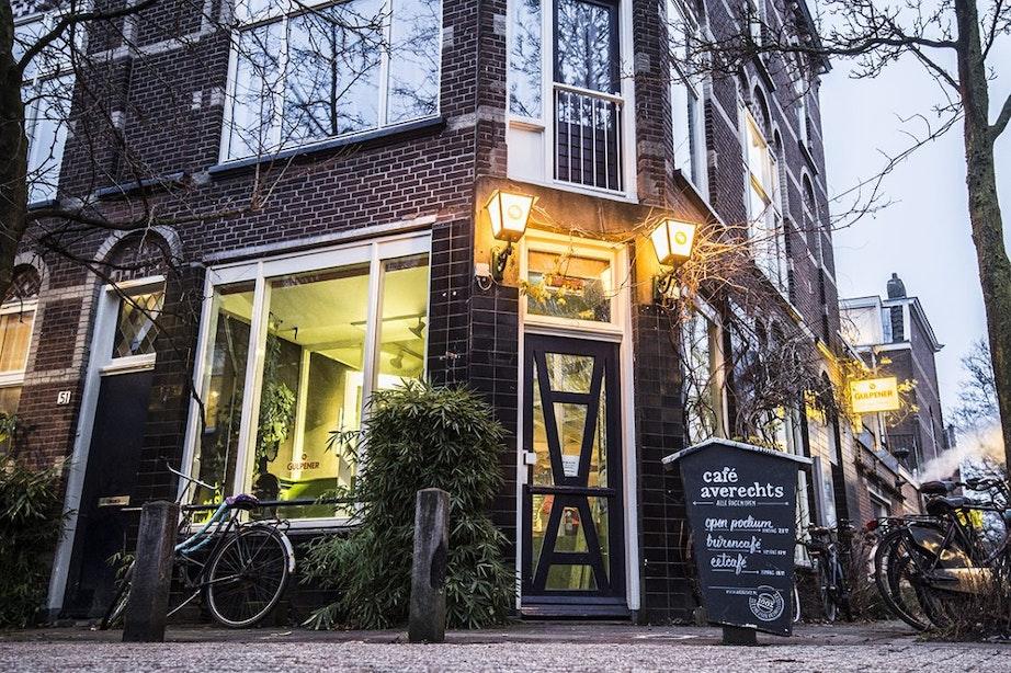 Dieven breken kluizen Café Averechts open en stelen €4.000