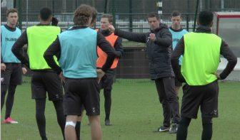 Nieuwe trainer FC Utrecht Jean-Paul de Jong: 'We willen blijven meedoen om de prijzen'
