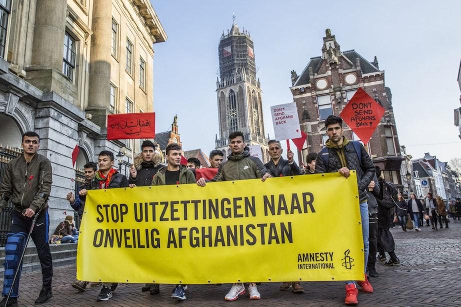 Protest op Domplein tegen terugsturen Afghaanse vluchtelingen