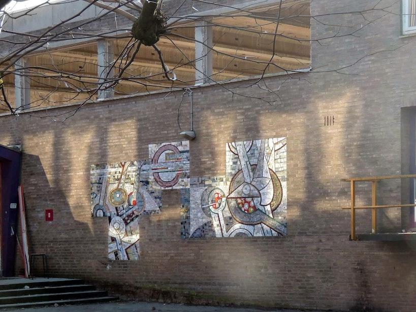 Wandmozaïek Van Lieflandlaan zoekt nieuwe locatie