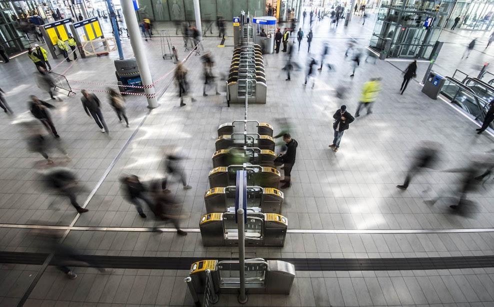 Station Utrecht Centraal ontruimd door defect grillapparaat