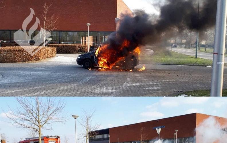 Autobrand naast politiebureau De Meern