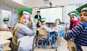 Tientallen professoren naar Utrechtse basisscholen: 'Kinderen en professoren hebben een belangrijke eigenschap gemeen'