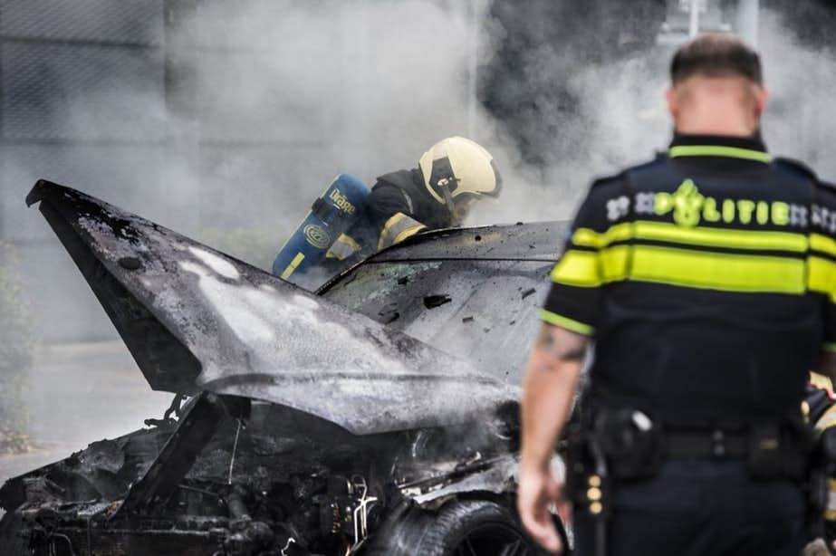 Camper verwoest door brand in Overvecht